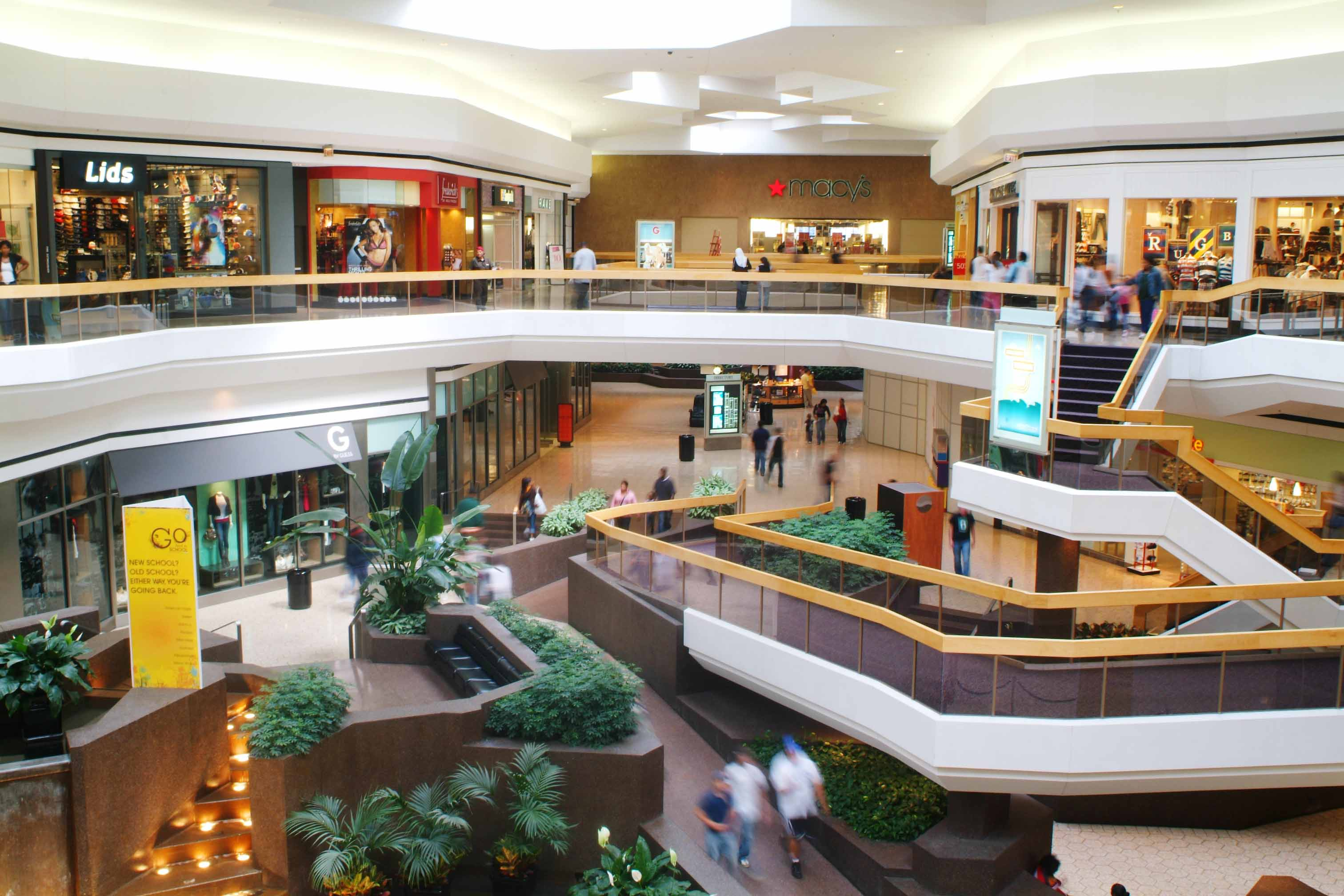 Clothing stores in fairlane mall